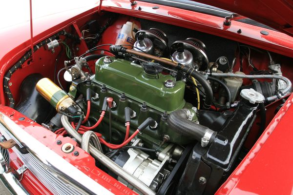 Classic Mini - Engine Bay Photos